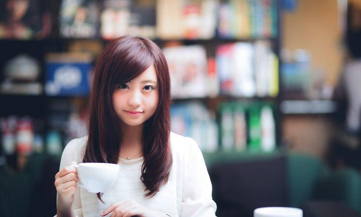 職場女性の脈ありサイン10選